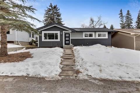 House for sale at 7607 Fairmount Dr Southeast Calgary Alberta - MLS: C4292697