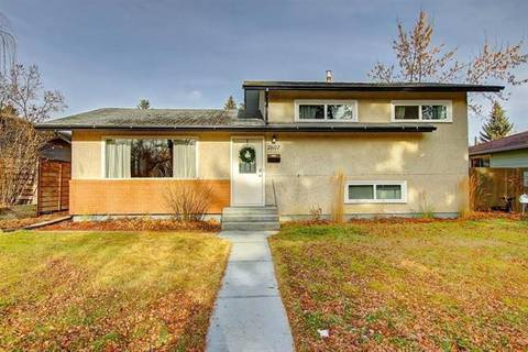 House for sale at 7607 Fleetwood Dr Southeast Calgary Alberta - MLS: C4284796