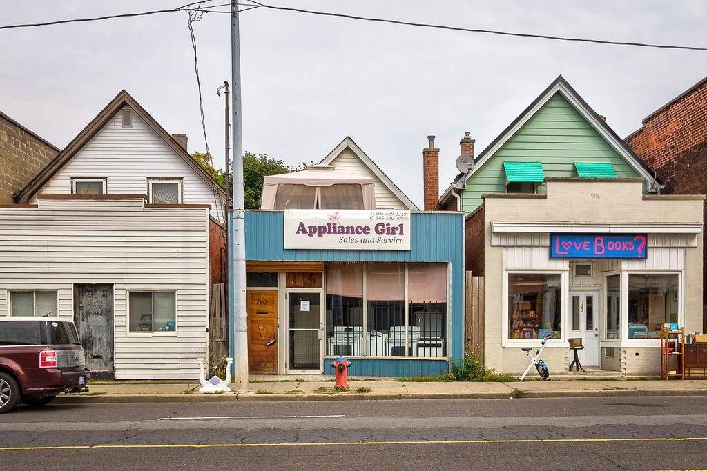 Residential property for sale at 761 Barton St E Hamilton Ontario - MLS: H4063733
