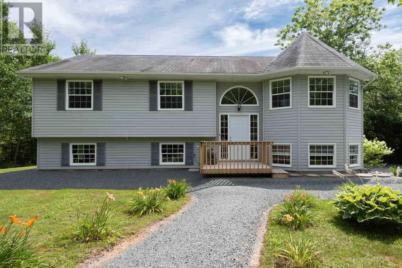 House for sale at 761 Cobequid Rd Lower Sackville Nova Scotia - MLS: 202015103