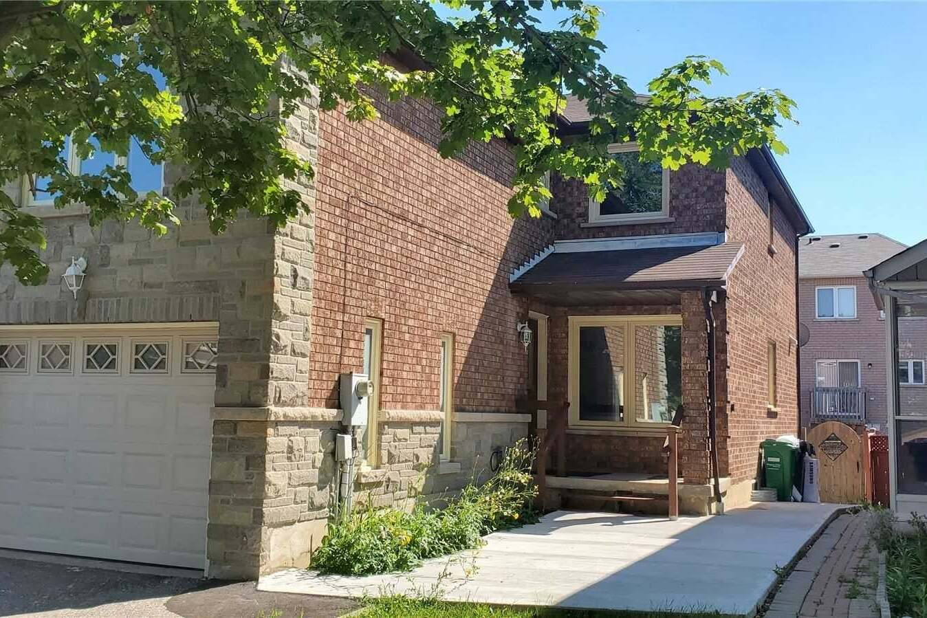 Townhouse for rent at 763 Ashprior Ave Mississauga Ontario - MLS: W4769137