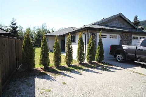 Townhouse for sale at 763 Gerussi Ln Gibsons British Columbia - MLS: R2454774