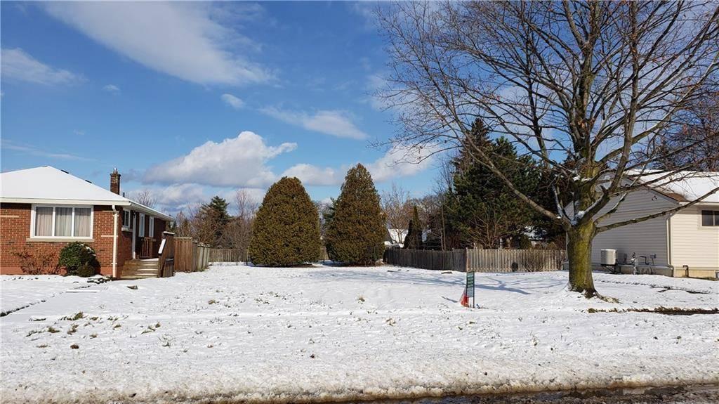 Home for sale at 7631 Wayne St Niagara Falls Ontario - MLS: 30785764
