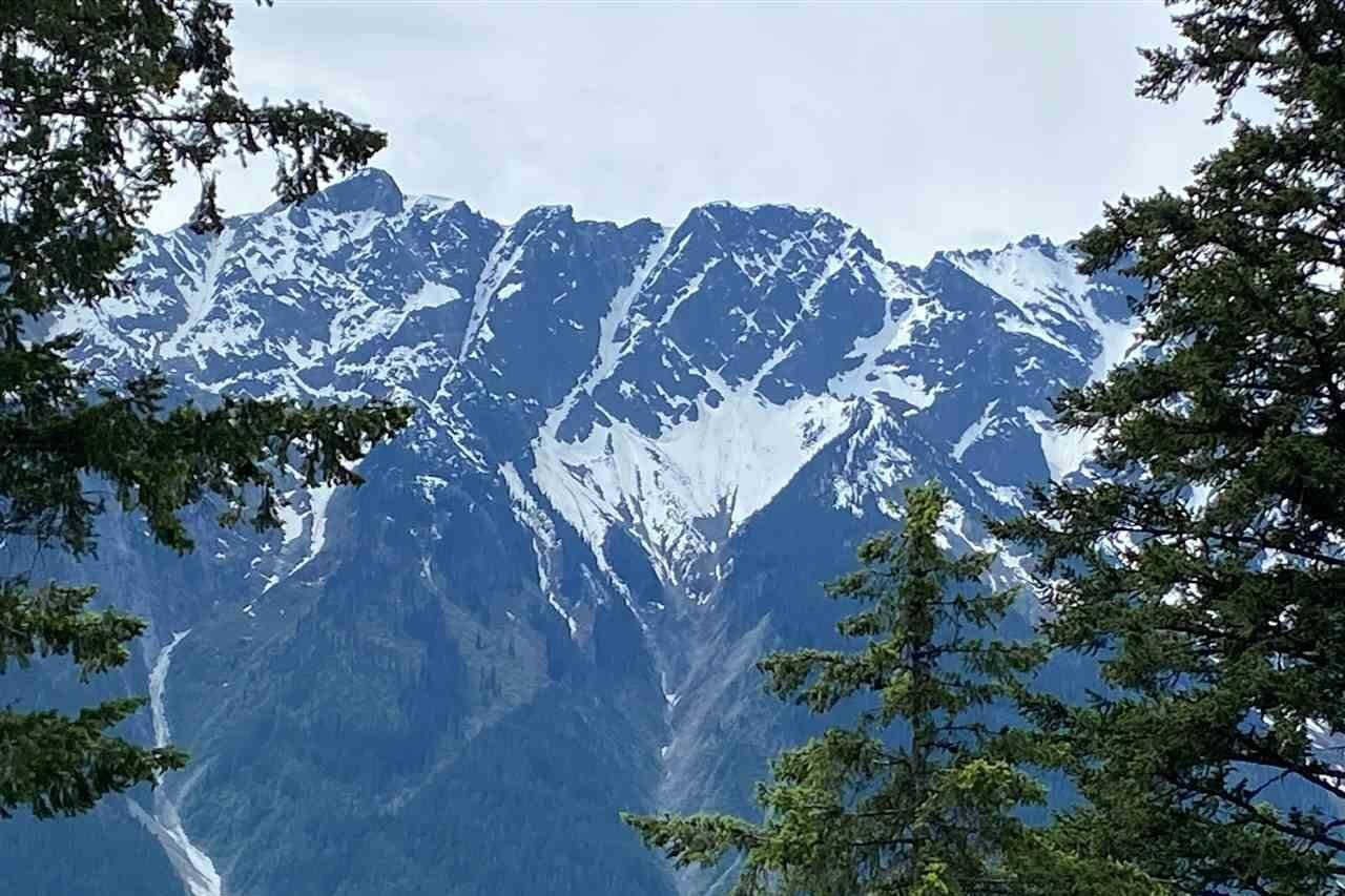 Residential property for sale at 7677 Cerulean Dr Pemberton British Columbia - MLS: R2431117