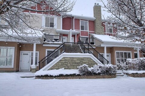 Townhouse for sale at 768 73 St SW Calgary Alberta - MLS: A1044053
