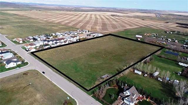 Home for sale at  20 St Unit 7.6acres Nanton Alberta - MLS: C4243696