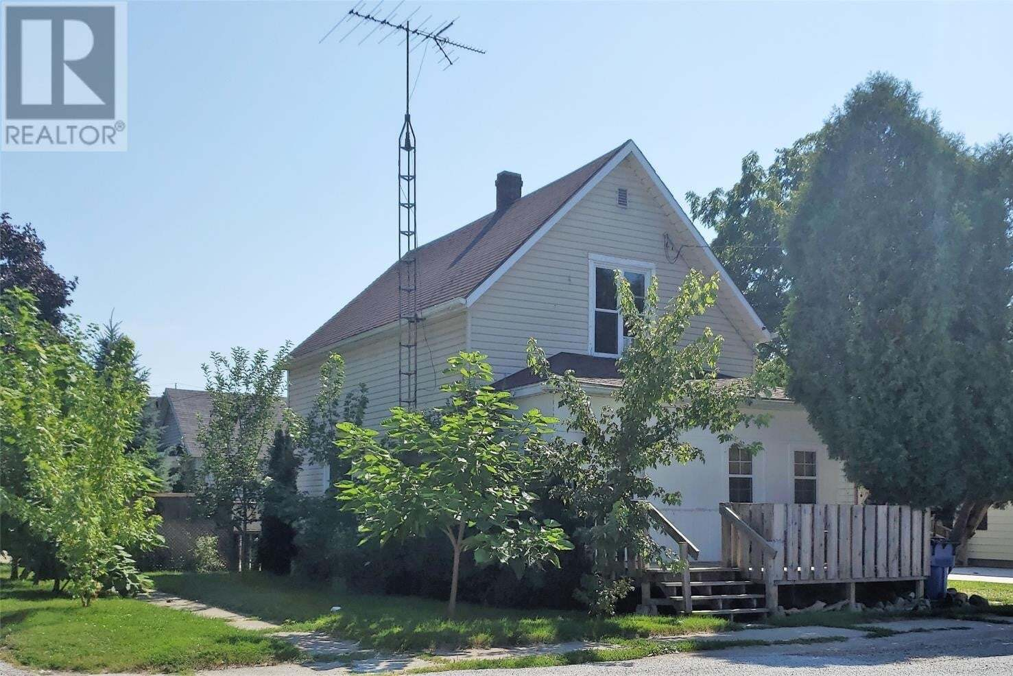 House for sale at 77 Book St Wallaceburg Ontario - MLS: 20010003