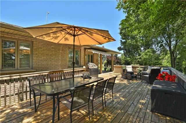 For Sale: 77 East Harris Road, Brantford, ON | 2 Bed, 3 Bath House for $874,900. See 20 photos!