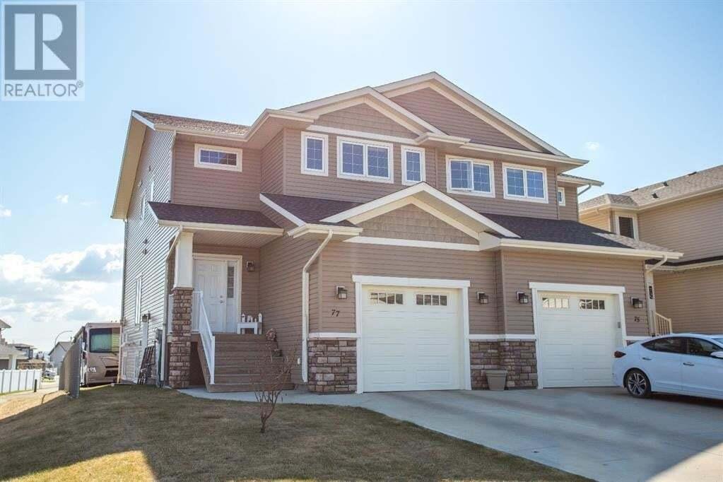 Townhouse for sale at 77 Ebony St Lacombe Alberta - MLS: ca0186510