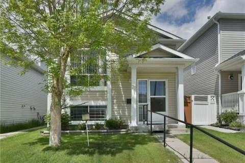 House for sale at 77 Martin Crossing Manr Northeast Calgary Alberta - MLS: C4299804
