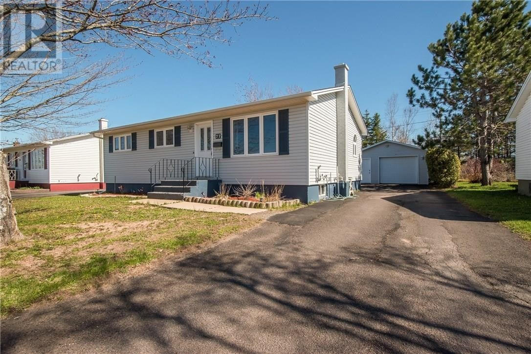 House for sale at 77 Mckay Ave Moncton New Brunswick - MLS: M128452