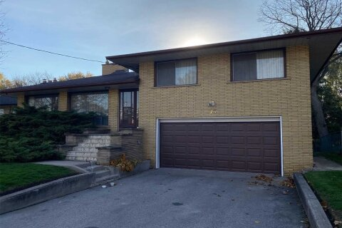 House for sale at 77 Perivale Cres Toronto Ontario - MLS: E4982056