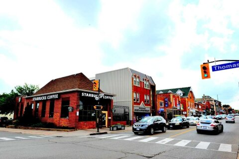 77 Thomas Street, Mississauga   Image 2