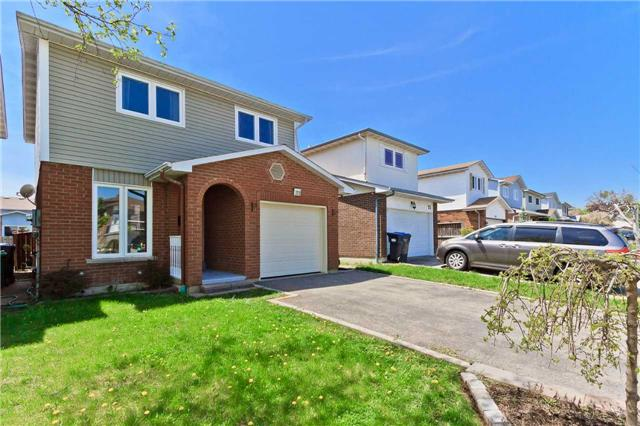 For Sale: 77 Winterfold Drive, Brampton, ON   3 Bed, 2 Bath House for $609,000. See 20 photos!
