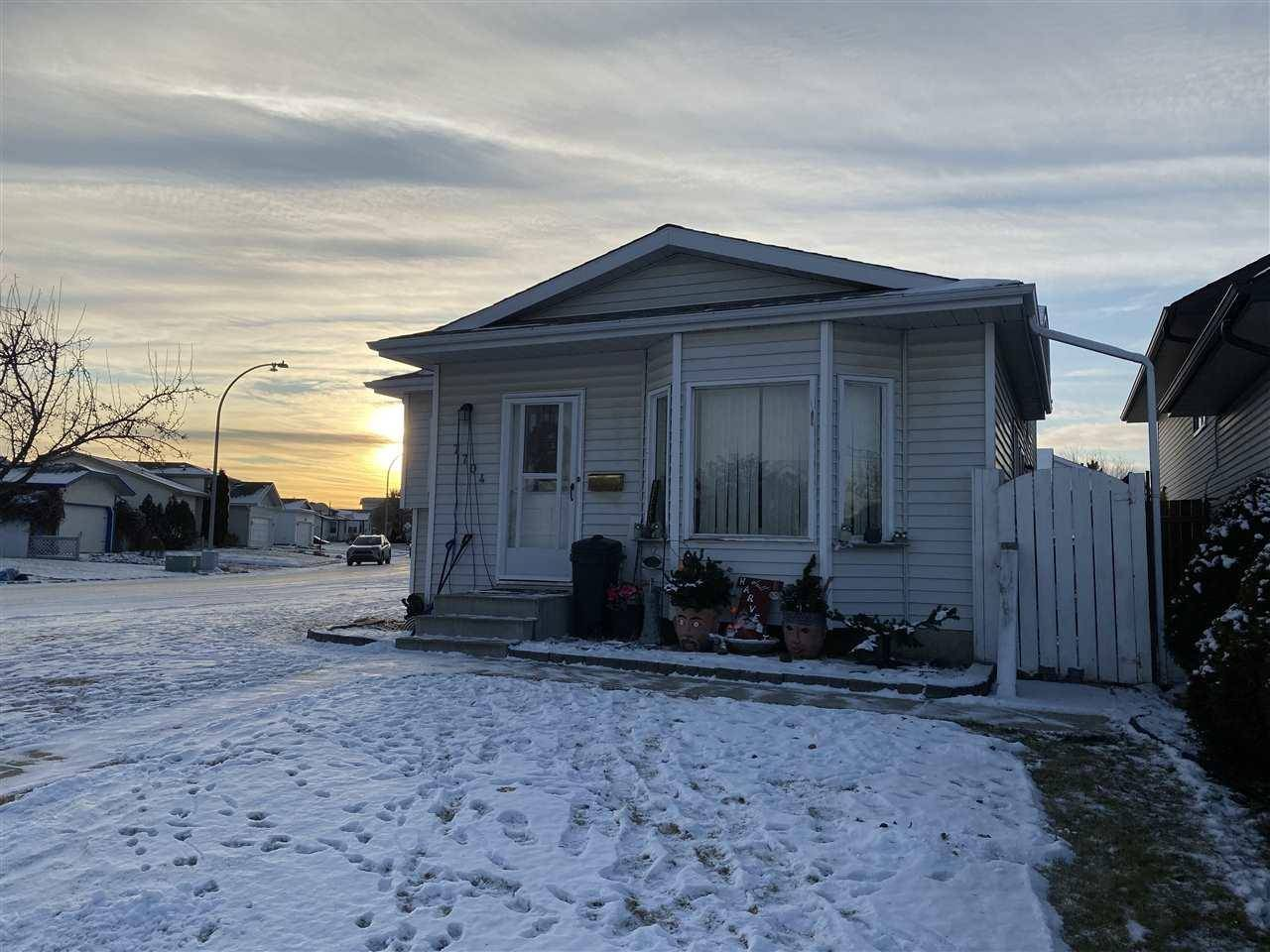 House for sale at 7704 183b St Nw Edmonton Alberta - MLS: E4179229