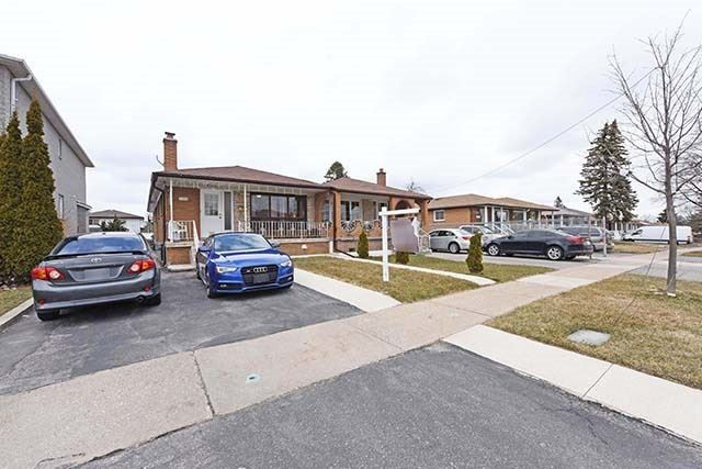 Sold: 7714 Redstone Road, Mississauga, ON
