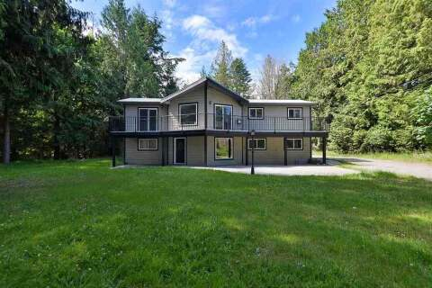 House for sale at 7717 Fawn Rd Halfmoon Bay British Columbia - MLS: R2469988