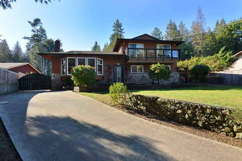 House for sale at 7720 Redrooffs Rd Halfmoon Bay British Columbia - MLS: R2438483