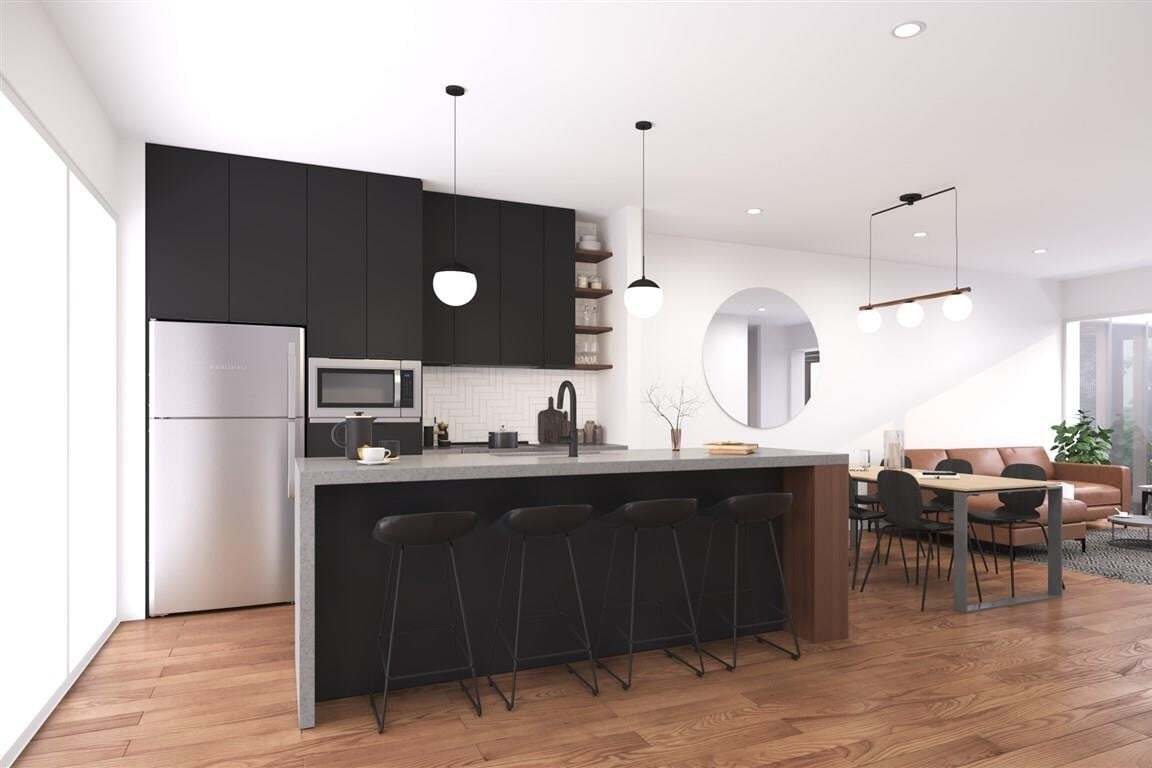 House for sale at 7723 Yorke Me NW Edmonton Alberta - MLS: E4212885
