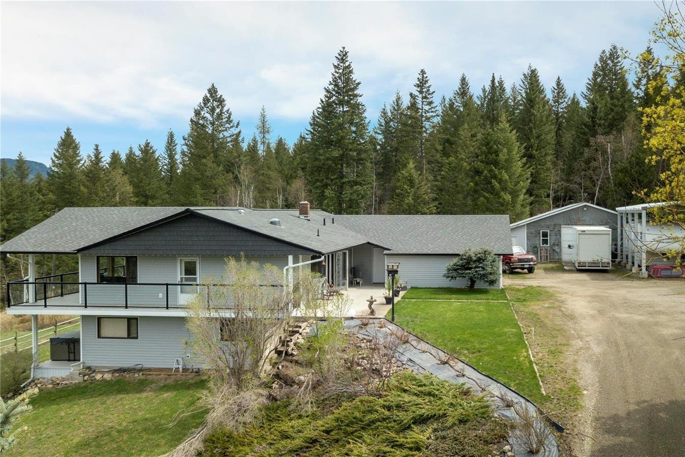 Residential property for sale at 773 Mabel Lake Rd Lumby British Columbia - MLS: 10218423