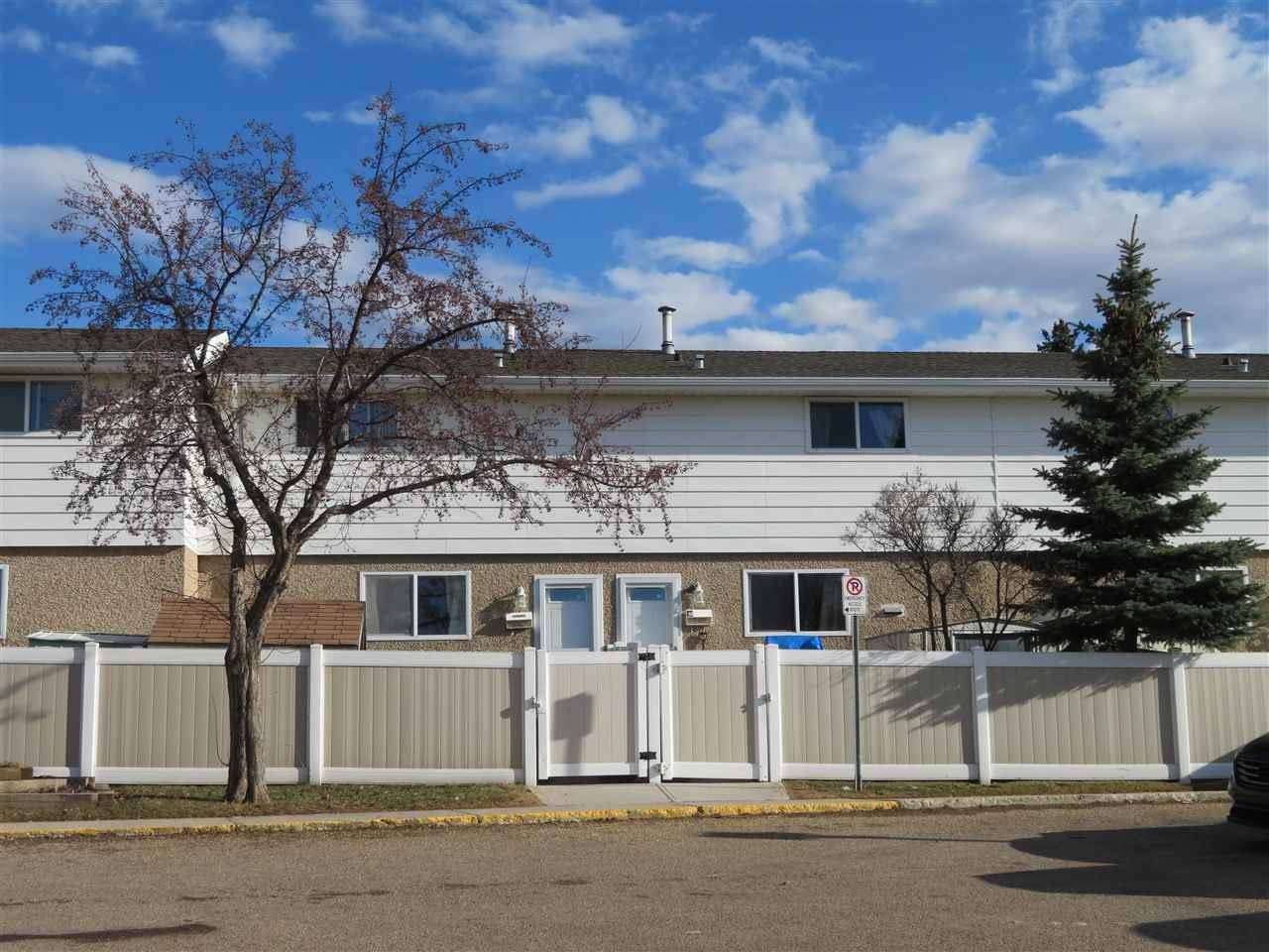 Townhouse for sale at 7731 37 Ave Nw Edmonton Alberta - MLS: E4186439