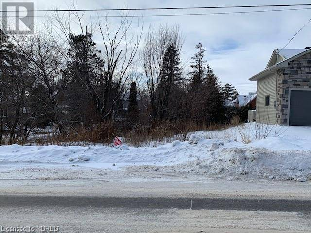 Residential property for sale at 777 Jane St North Bay Ontario - MLS: 239704