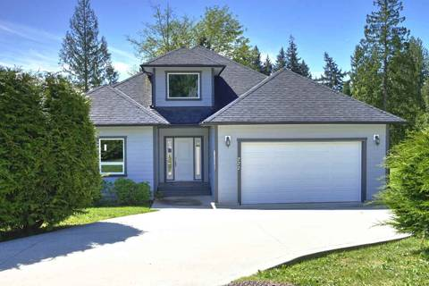 House for sale at 777 Madison Pl Gibsons British Columbia - MLS: R2447132
