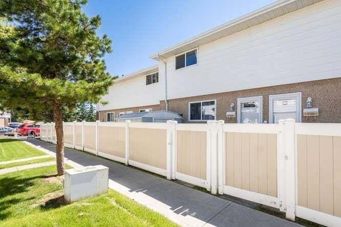 Townhouse for sale at 7783 37 Av NW Edmonton Alberta - MLS: E4208192