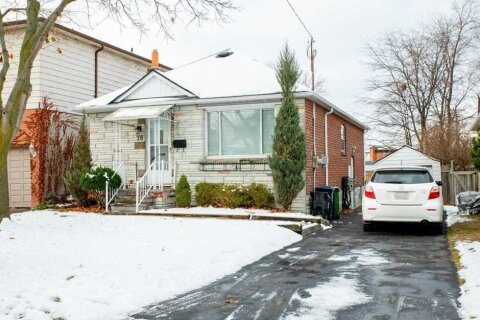 House for sale at 78 Clonmore Dr Toronto Ontario - MLS: E4999317