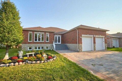 House for sale at 78 Fairway Cres Wasaga Beach Ontario - MLS: S4969223
