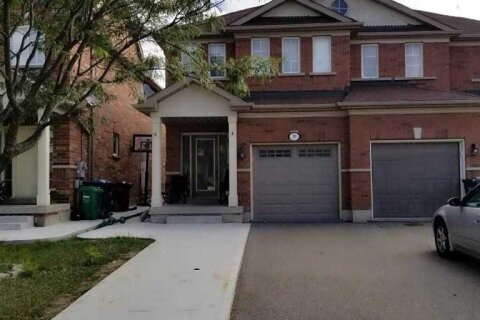 Townhouse for rent at 78 Rotunda St Brampton Ontario - MLS: W4966020