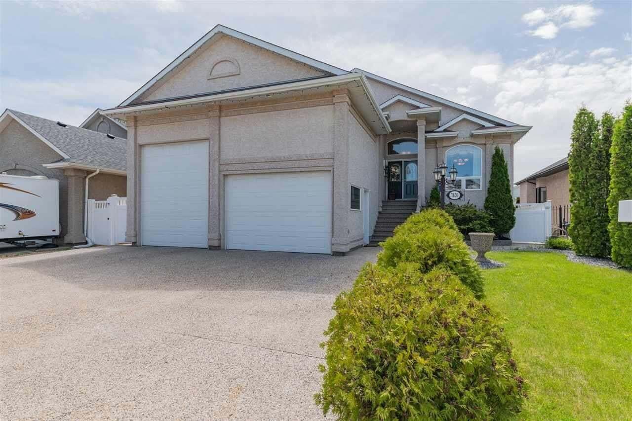 House for sale at 7803 166 Av NW Edmonton Alberta - MLS: E4201617