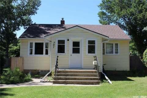 House for sale at 781 1st St E Shaunavon Saskatchewan - MLS: SK804843