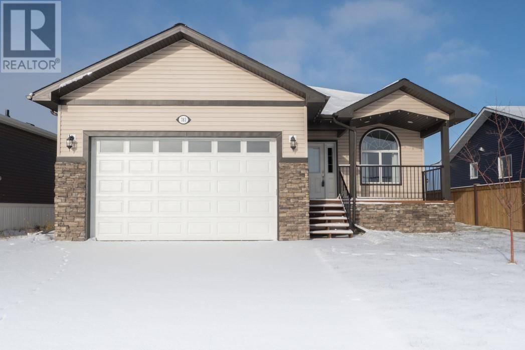 House for sale at 781 Beacon Hill Dr Fort Mcmurray Alberta - MLS: fm0169170