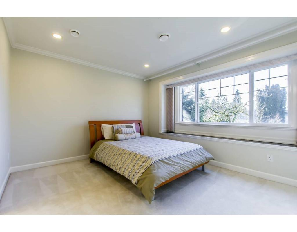 For Sale: Montcalm Street, Vancouver, BC | 5 Bed, 5 Bath House for $2,890,000. See 20 photos!