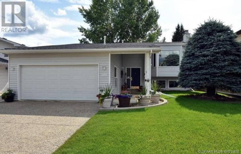 House for sale at 7818 103 St Grande Prairie Alberta - MLS: GP214890