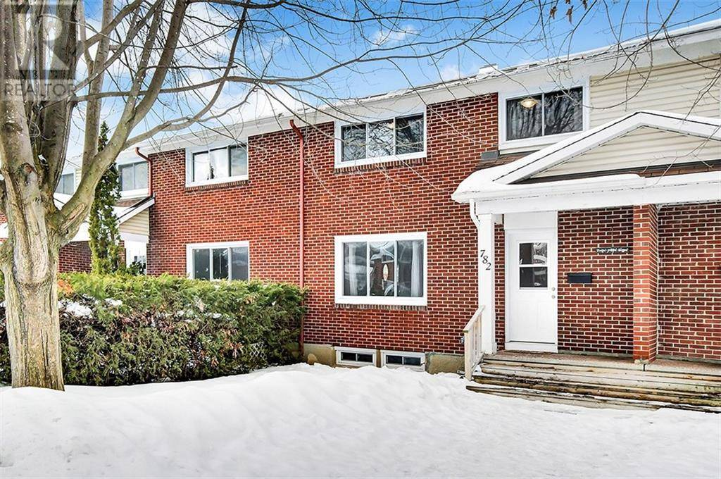 Townhouse for sale at 782 Borthwick Ave Ottawa Ontario - MLS: 1182384