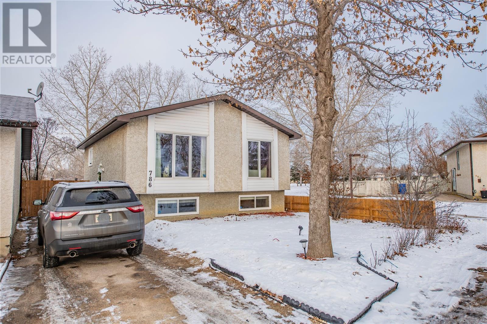 Removed: 786 Hayworth Crescent North, Regina, SK - Removed on 2020-01-17 04:21:12