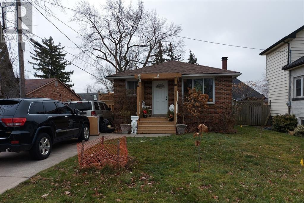 House for sale at 7865 St. Rose  Windsor Ontario - MLS: 21000431