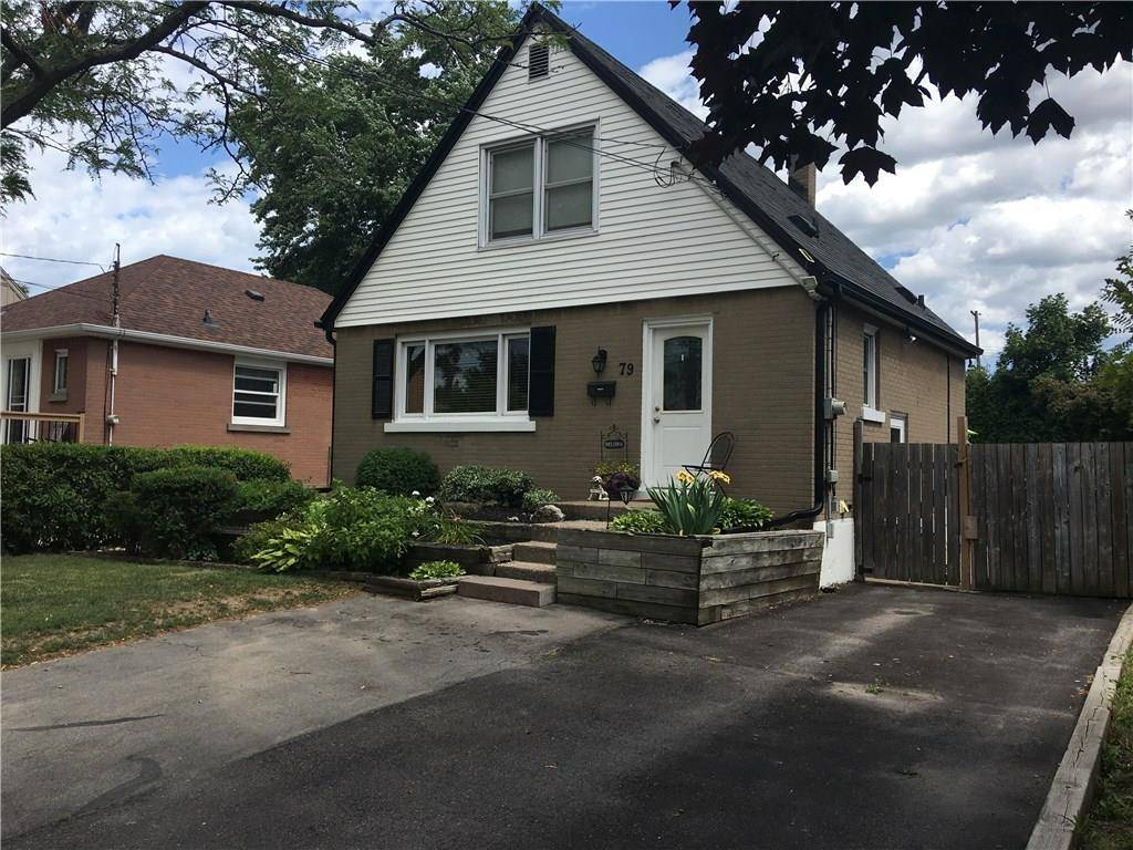 House for sale at 79 41st St East Hamilton Ontario - MLS: H4060689