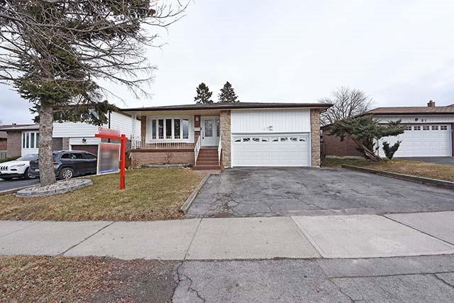 For Sale: 79 Elgin Drive, Brampton, ON | 4 Bed, 3 Bath House for $749,900. See 19 photos!