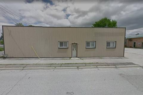 Home for sale at 79 Forhan St Wallaceburg Ontario - MLS: H4050162