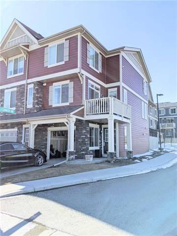Townhouse for sale at 79 Kinlea Wy Northwest Calgary Alberta - MLS: C4292418