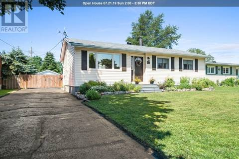 House for sale at 79 Meadow Park Cres Sault Ste. Marie Ontario - MLS: SM126308