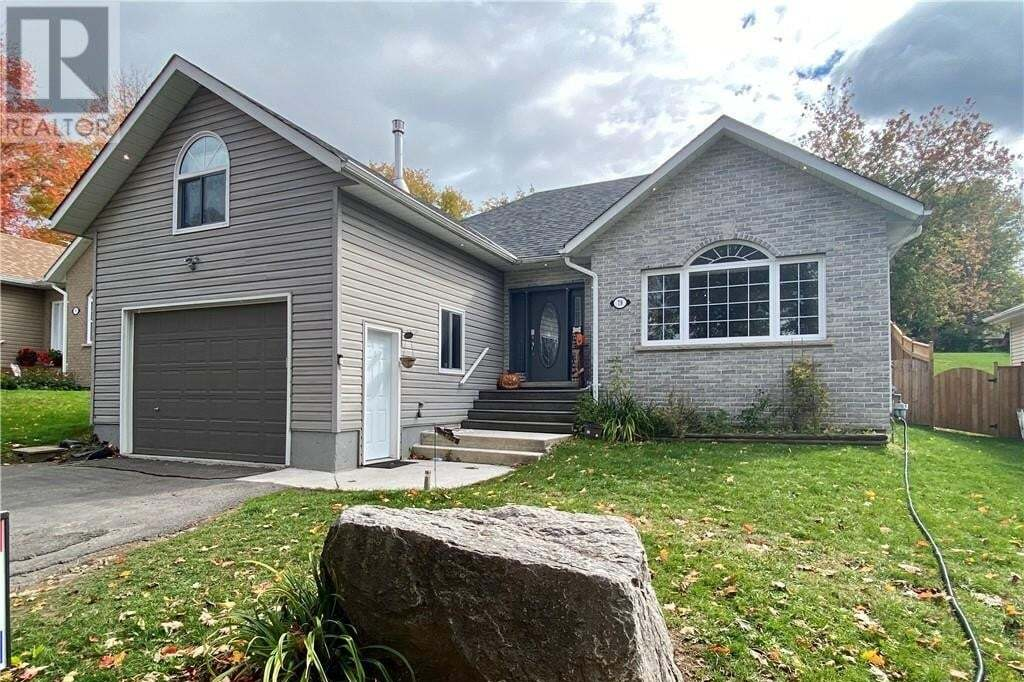 House for sale at 79 Oxford St Lakefield Ontario - MLS: 40031556