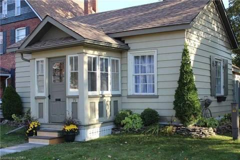 House for sale at 79 Peel St Kawartha Lakes Ontario - MLS: X4606959
