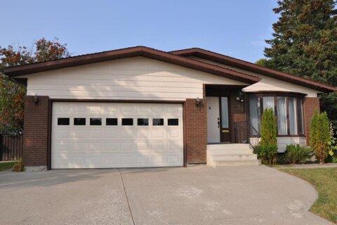 House for sale at 79 Tudor Cres S Lethbridge Alberta - MLS: A1033615