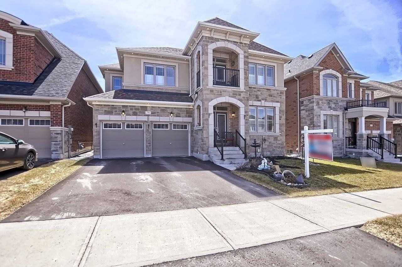 House for sale at 79 Walter English Dr East Gwillimbury Ontario - MLS: N4425300