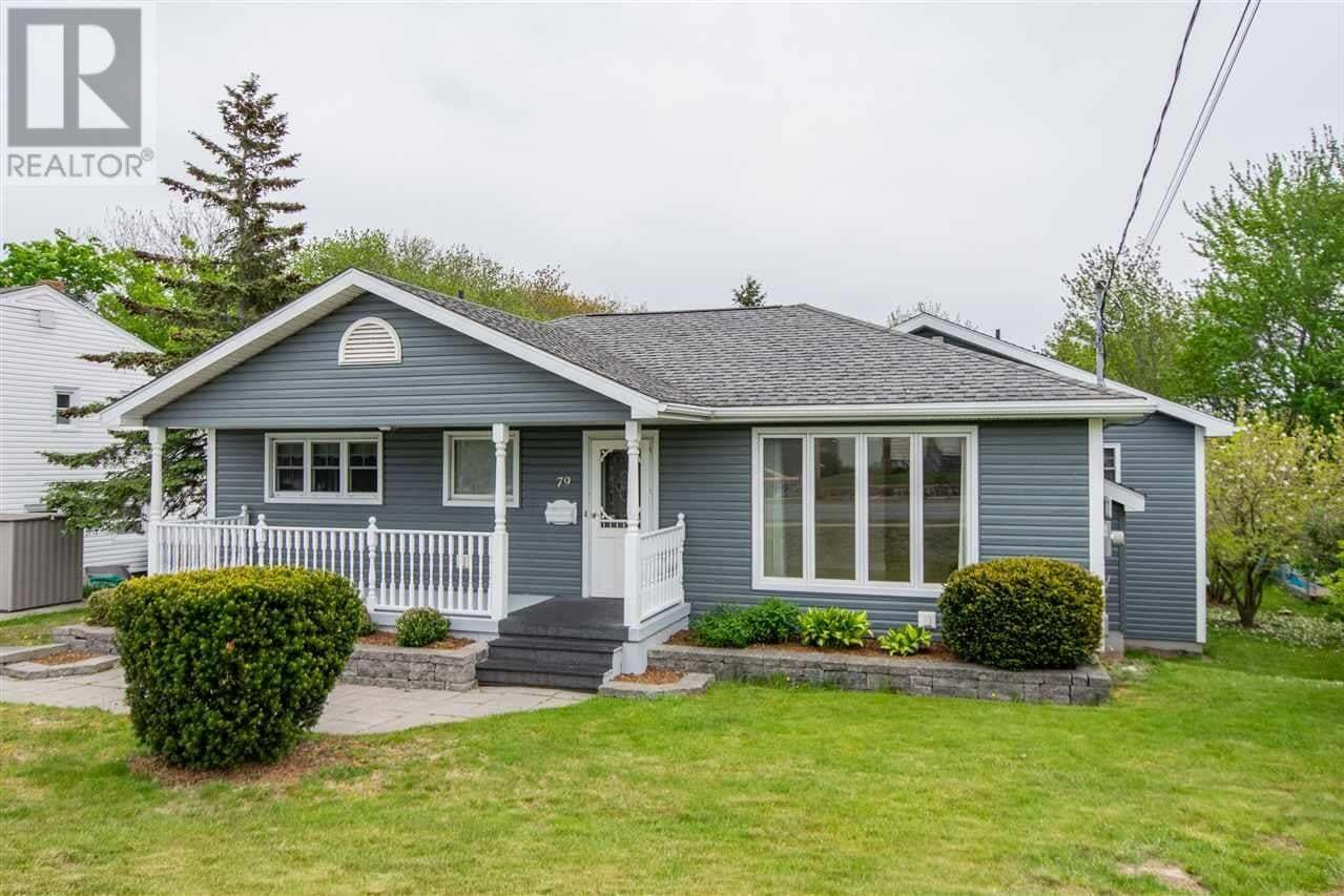 House for sale at 79 Woodlawn Rd Dartmouth Nova Scotia - MLS: 202009333