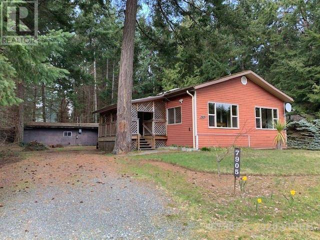 House for sale at 7905 Ships Point Rd Fanny Bay British Columbia - MLS: 467387